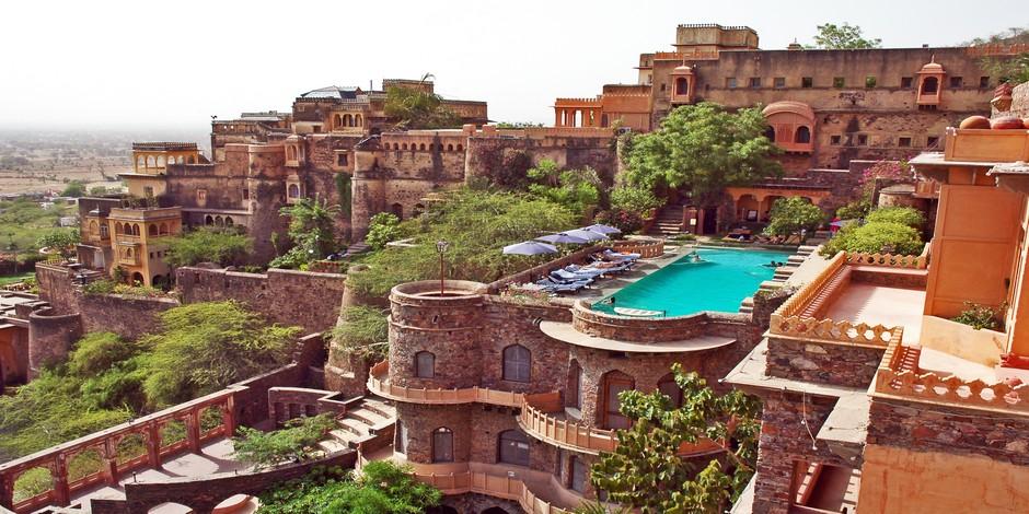 Le magnifique Neemrana Fort-Palace