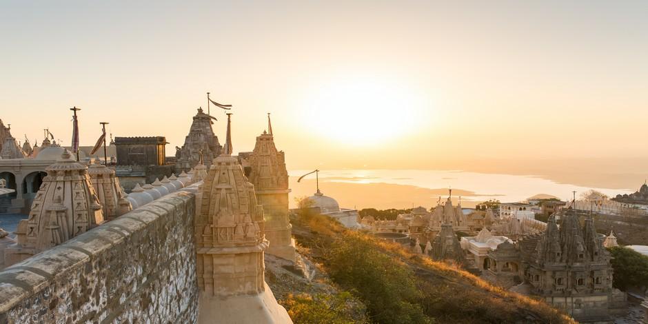 Vue depuis la colline de Shatrunjaya