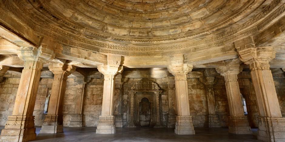 A l'intérieur du monument